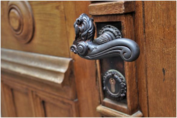 Jak zmienić wnętrze za pomocą okuć meblowych, okiennych i do drzwi?